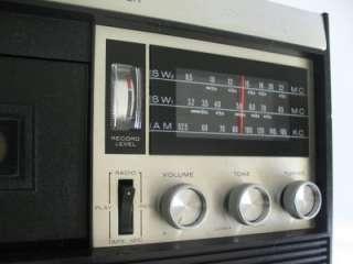 AIWA TPR 101 MW/SW1/SW2 SHORTWAVE RADIO RECEIVER / CASSETTE TAPE