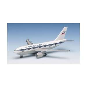 Gemini 200 Alaska Airlines B737 800 Model Airplane: Toys