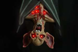 Huge Hanging~LIGHT UP VAMPIRE BAT~Gothic Halloween Prop