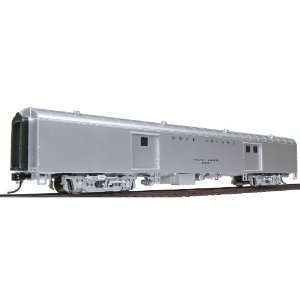 Walthers HO Scale Streamlined Pullman Standard 72 Baggage Car   Ready