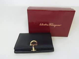 AUTHENTIC SALVATORE FERRAGAMO GANCINI LEATHER WALLET USED MADE IN