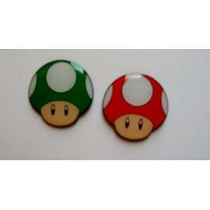 2 Super Mario Red & Green Mushroom Metal Pin Badge Set