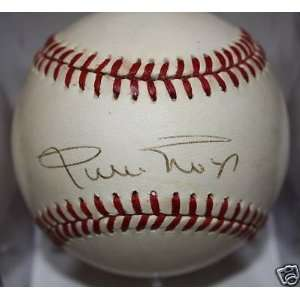 WILLIE MAYS Autograph Signed ONL Baseball Kit Young