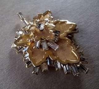 ART DECO Gold Plated & Rhinestone OAK LEAF PIN & EARRING SET