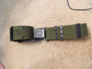 US Military Nylon Combat Pistol LC 2 Belt size MED.
