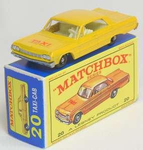 MATCHBOX #20 CHEVROLET IMPALA TAXI CAB ORANGE YELLOW/CREAM INT   MIB