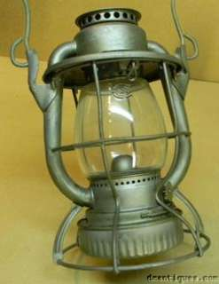 ANTIQUE DIETZ VESTA RAILROAD LANTERN N.Y.C.S. NEW YORK USA