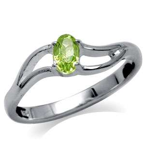 Natural Green Peridot 925 Sterling Silver Solitaire Ring