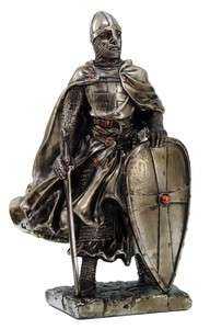 SMALL MEDIEVAL KNIGHT CRUSADER VICTORY STATUE FIGURINE
