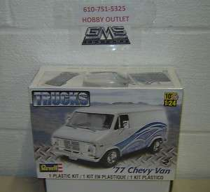 REVELL Model Kit 85 7221 1/24 Scale 1977 CHEVY VAN GMS CUSTOMS IN