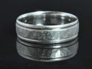 Solid Platinum Mens Hammered Wedding Band Ring 9.75