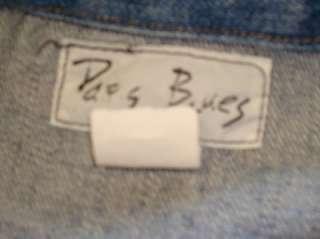 Womens preowned Paris Blues denim jean jacket, size Medium.
