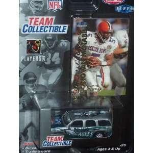 Philadelphia Eagles 1999 Donovan McNabb NFL Diecast 164 Scale GMC