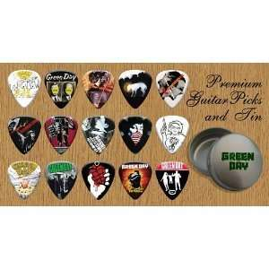 Green Day Premium Guitar Picks X 15 In Tin (G) Musical Instruments